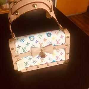Handbags - Inspired designer hand bag